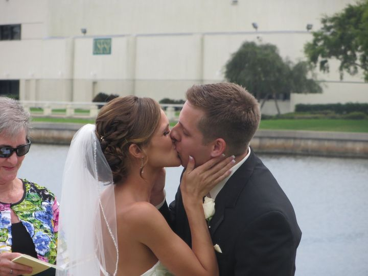 The first kiss as Mr. & Mrs.