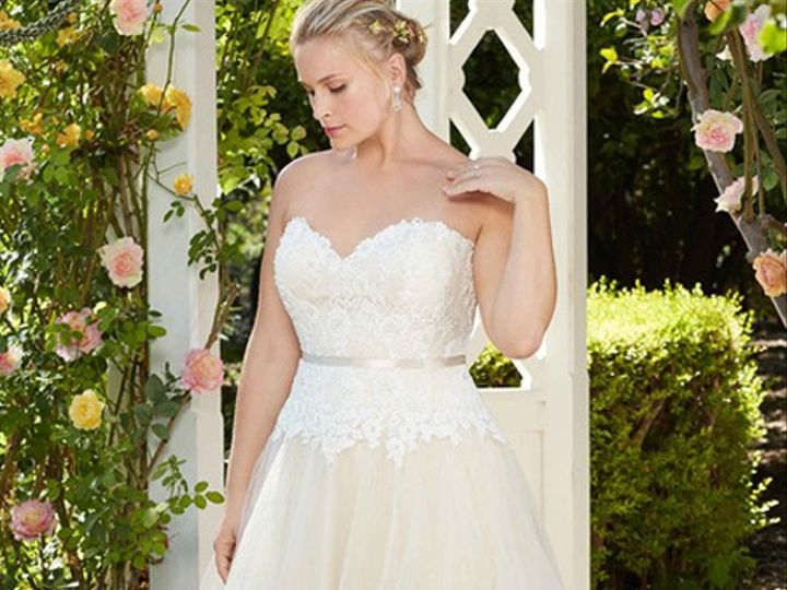Tmx Casawebplus 51 111648 157982531926897 Quakertown wedding dress