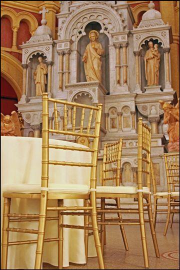 20131123churchgold chiavari chair