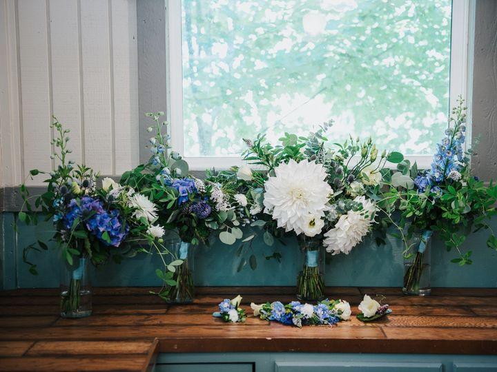 Tmx Amyandstevenwoodlandmeadowfarms 035 51 712648 1559791877 Seattle, WA wedding florist