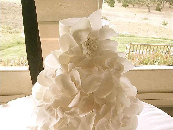 Tmx 1382491145320 P0b81 Monterey wedding cake