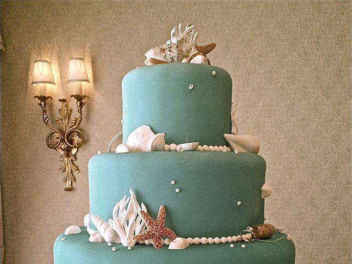 Tmx 1382491249503 Wp001160 Monterey wedding cake