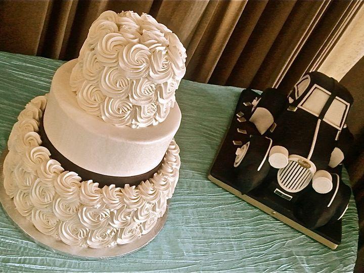 Tmx 1382499974582 P2c08 Monterey wedding cake