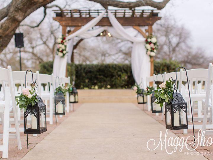 Tmx 208 Juliechris The Orchard Fort Worth Wedding Photographer Maggshots Photography 51 926648 161255232047410 Grapevine, TX wedding florist