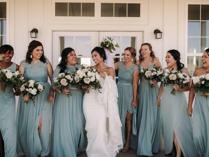 Tmx Brittanygilbertphotography Grand Ivory Wedding Photographer 1571 51 926648 161255227953508 Grapevine, TX wedding florist