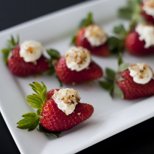 strawberries filld with sweet mascarpone cheese t