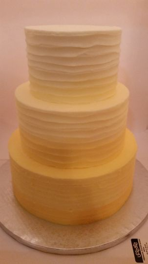 yellowombreweddingcake