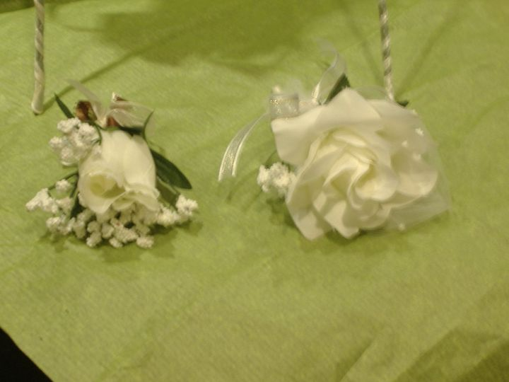 use for small weddings, junior bridesmaids.