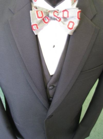 Smooth grey tuxedo with patterned bowtie