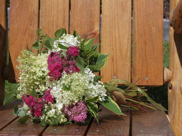 Tmx 1528920429 Fa2018a66ec2376b 1528920426 Efcb7d6cf5ffcf59 1528920412904 13 IMG 2025 Gilford, NH wedding florist
