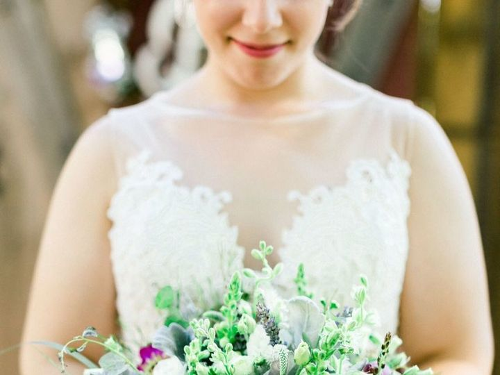 Tmx 1538531766 Bb8e448448e09c11 1532516692 08e555ec6582db7f 1532516691 02d0d76aaf48e03e 153251 Gilford, NH wedding florist