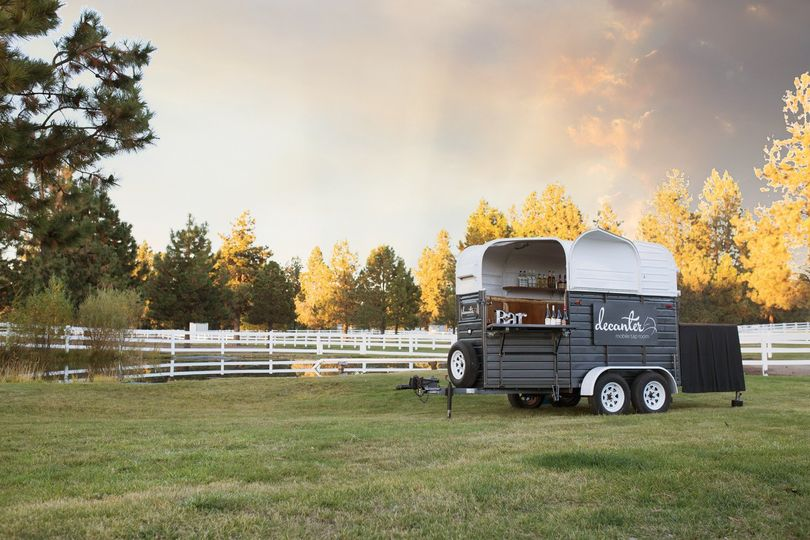Decanter Mobile Tap Room is all dressed up and ready for your ranch wedding