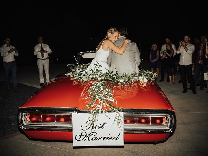 Tmx 103396a3 A795 4b42 8b3d Ff5646b8c1bc 51 772848 158256378434644 Bedford, Texas wedding transportation
