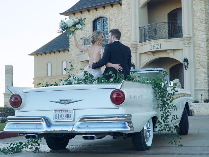 Tmx 2a1b4713 A57b 4176 B09b 671d0c1397d0 51 772848 Bedford, Texas wedding transportation
