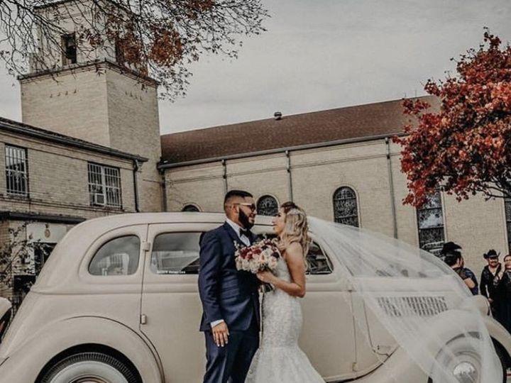 Tmx 3c8c386e C918 4cb6 Bace 25176f7e48ae 51 772848 Bedford, Texas wedding transportation