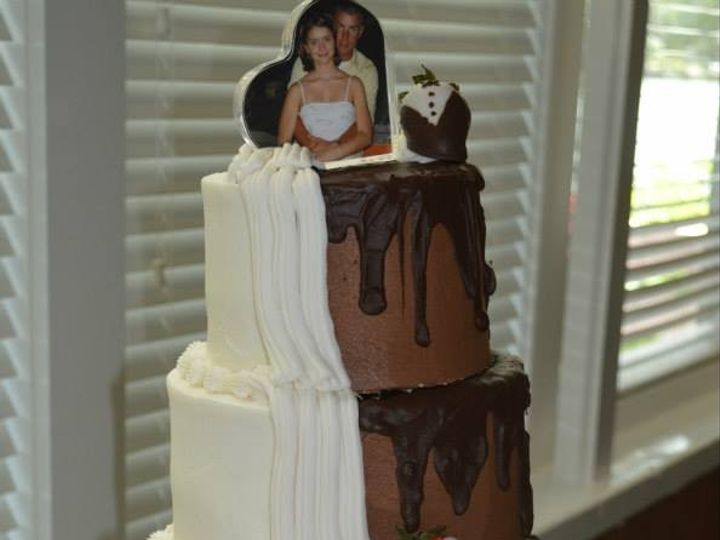 Tmx 1423853385416 10374870486954931435543596796495919922580n Gloucester, VA wedding cake