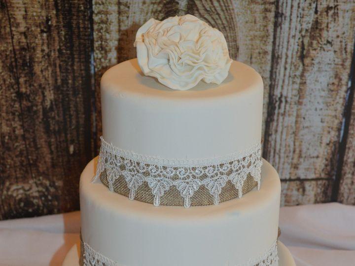 Tmx 1454875885066 Dsc1016 Gloucester, VA wedding cake