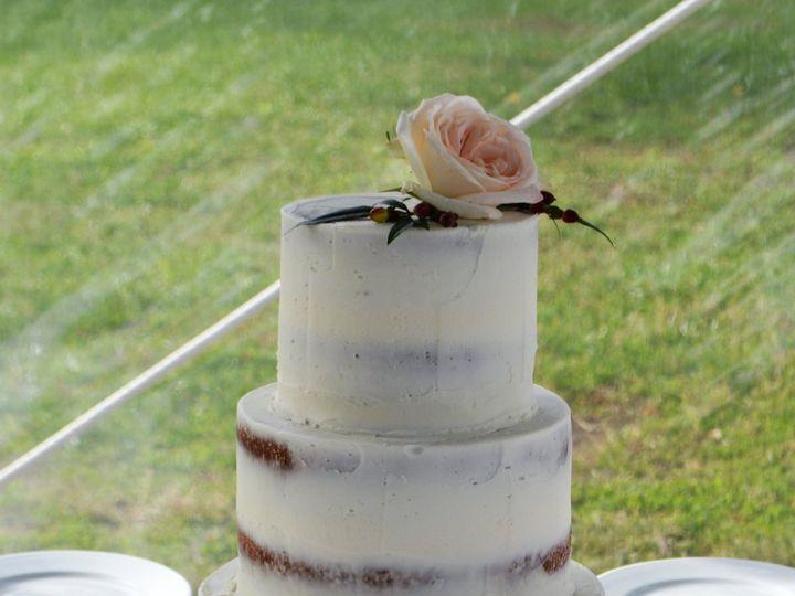Tmx 1517433754 59fc512b35b9b605 1517433751 6482bfec995c597e 1517433747626 1 DSC 0131 Gloucester, VA wedding cake