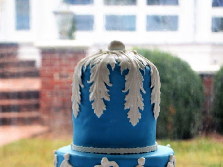 Tmx 1517434118 6881621f397d1497 1517434116 544a10cbc0bce531 1517434110845 1 DSC 1006 Gloucester, VA wedding cake