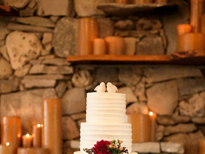 Tmx 1532344131 075ccad9304b9f8e 1532344130 16aff56156c47835 1532344129511 8 Wedding Cake 11 Gloucester, VA wedding cake