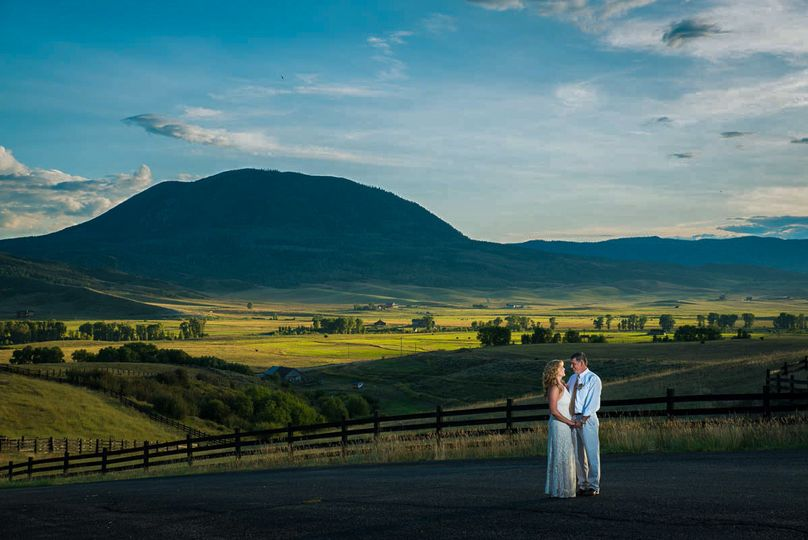 800x800 1511143042516 castorina photography  films   colorado wedding ph