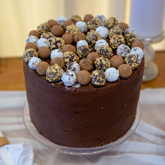 Peanut chocolate truffle