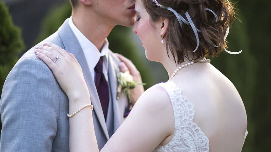 adam laura wedding 370 51 780948 v2