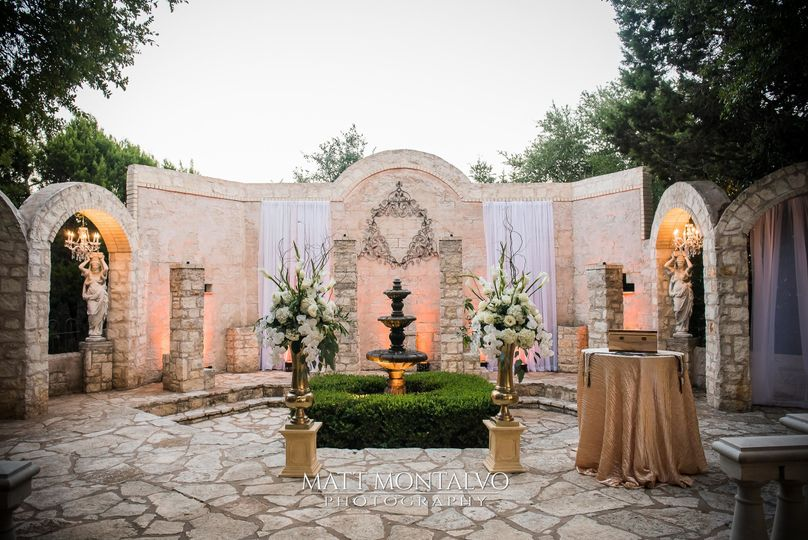 Beautiful Ceremony décor.