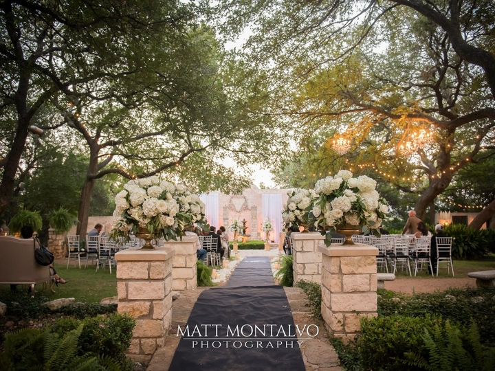 Tmx 1508943779 B1e0622546e3c82e 1508943601121 Matt Montalvo Photography 16 Bridge With C R Austin, TX wedding venue