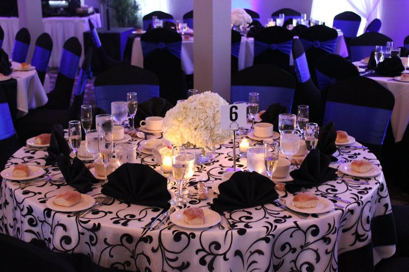 Black and white round table setup