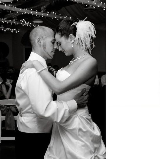 Nothing says romance like a beautiful first dance between a groom and his new wife.