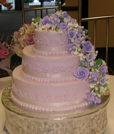 Beautiful Designs with Sugar flowers
