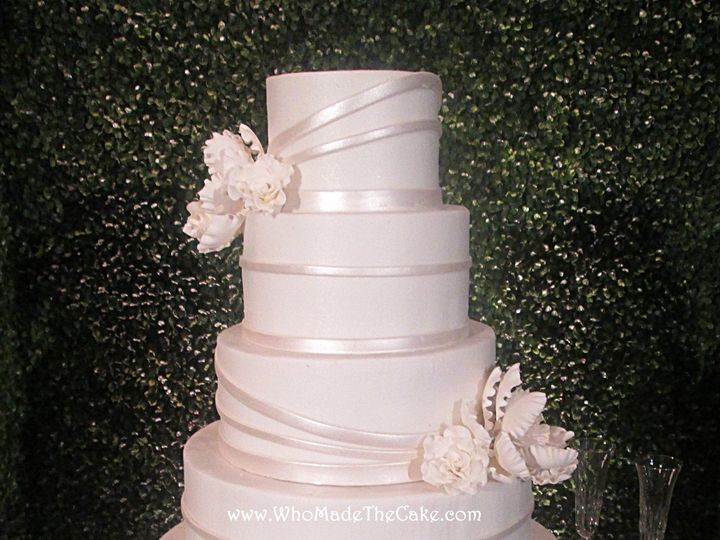 Tmx 1475007532554 13691083101537308495430161859367740380065164o Houston wedding cake