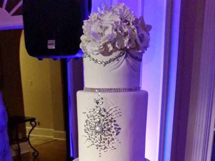Tmx 1475007696270 10349094101534352565780166796770845201527884n Houston wedding cake