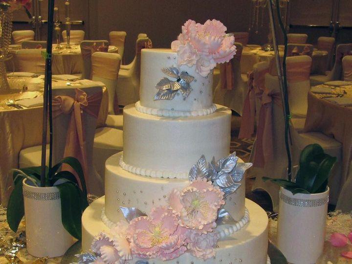 Tmx 1475013432531 10400194101533979719280168746365363395320695n Houston wedding cake