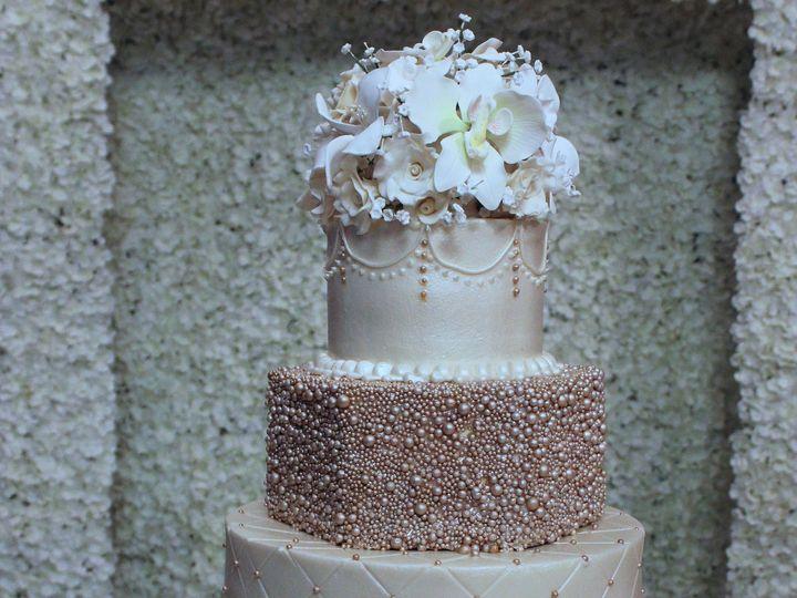 Tmx 1531421473 5c254faca462af15 1531421471 14bb907f4fd5a136 1531421462411 6 Rose Gold Houston wedding cake
