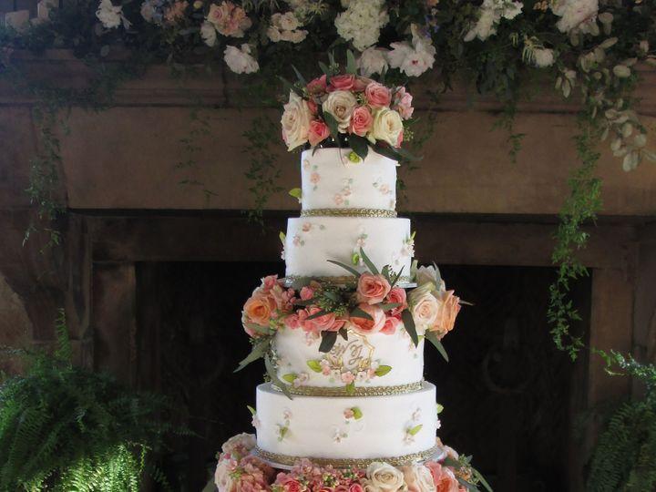 Tmx 1531422788 Dec4a6317dc461d8 1531422785 43b73e7a80cf0851 1531422777405 5 IMG 5691b Houston wedding cake