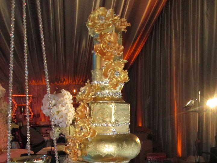 Tmx 1531423340 Bcf315b2248e5881 1531423335 58d983245888f911 1531423301765 10 IMG 5788 Houston wedding cake
