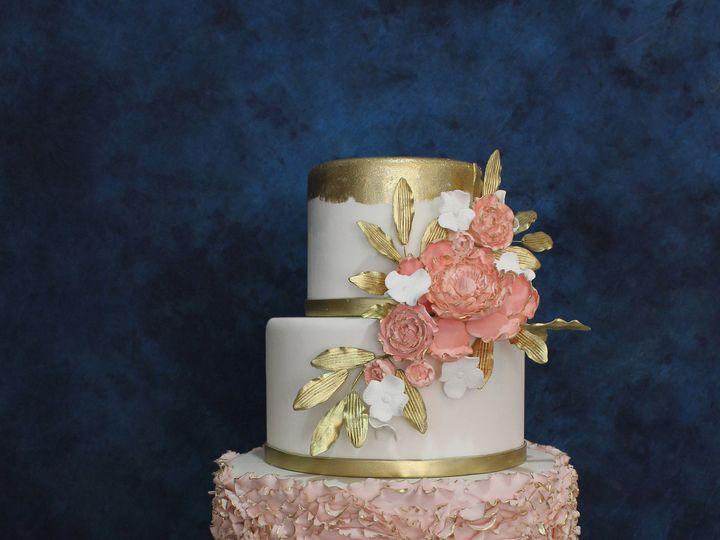 Tmx 1531423950 Ceb219bd20fa1406 1531423947 C20e328b5c11b602 1531423926108 5 1IMG 1031crop Houston wedding cake
