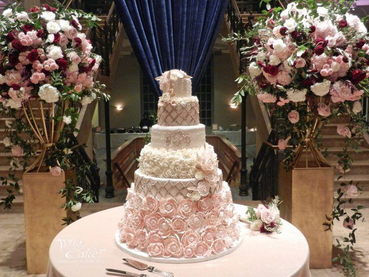 Tmx Dscn7046 51 15948 V2 Houston wedding cake