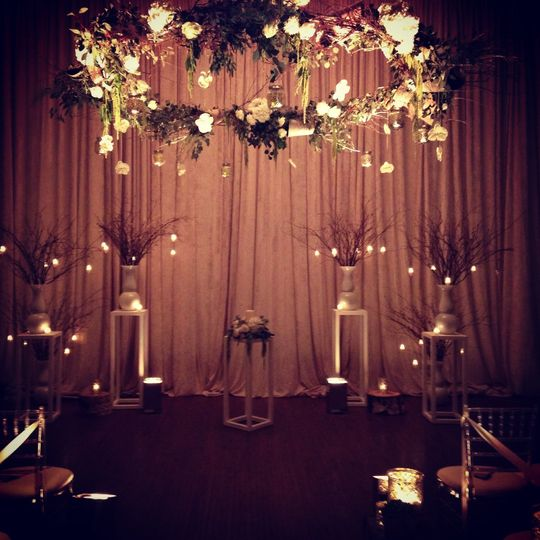 Wedding ceremony at the ivy room