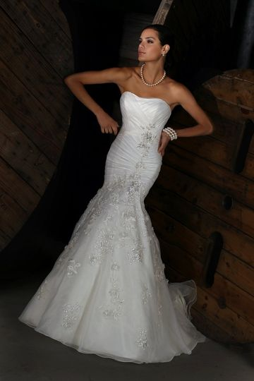 Impression bridal dress attire st charles mo for Wedding dress shops st louis mo