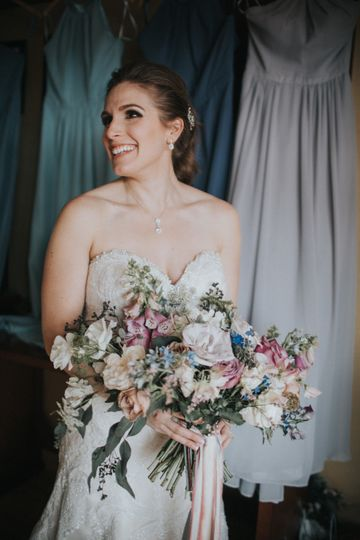 Beautiful bride | Photo and floral by Whitney Nichols Photography