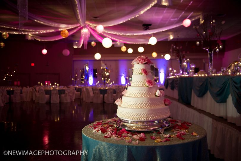 In-House Bakery Wedding Cake