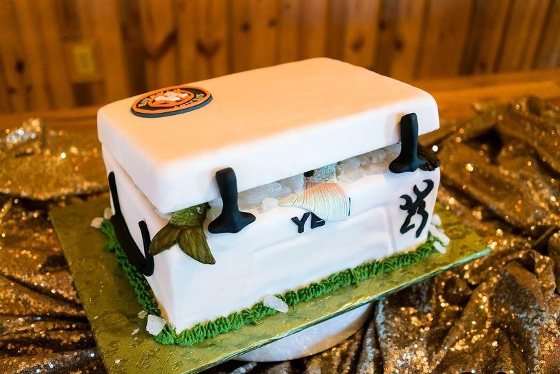 thumbnailgrooms cake 1