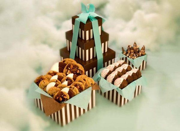 A divine tower of tantalizing temptations. Our Heavenly Medley of gourmet cookies has it all. From...