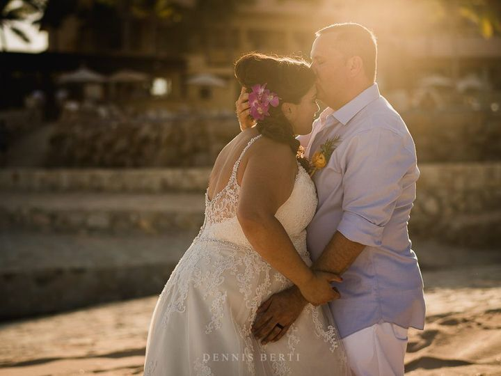 Tmx 1519737374 Aa8a48a99d577d31 1519737372 6f01ed70c0ad960e 1519737363213 16 Cabo Wedding Serv Cabo San Lucas, MX wedding planner
