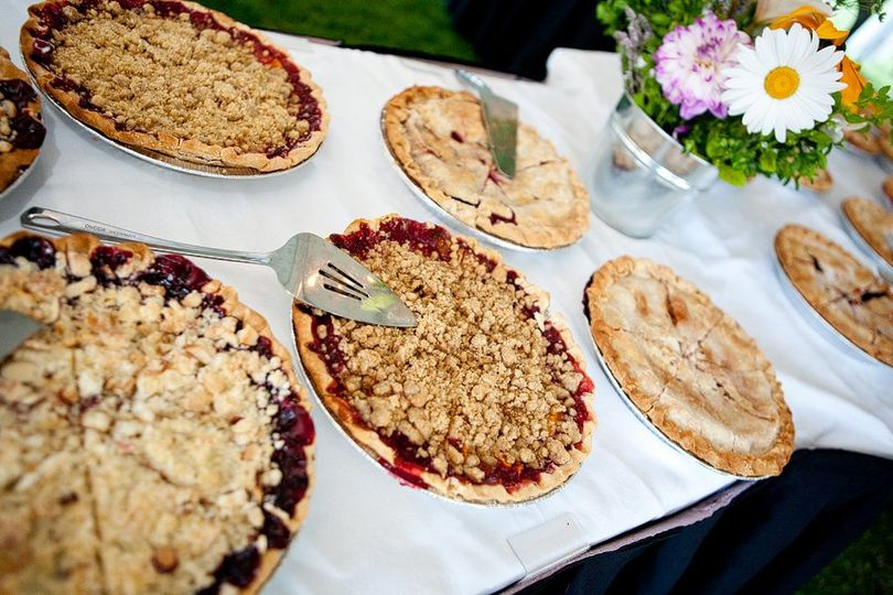 Rustic pies for the wedding desserts.