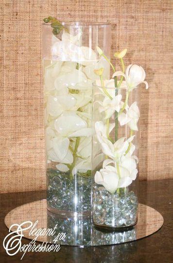 White vase designs