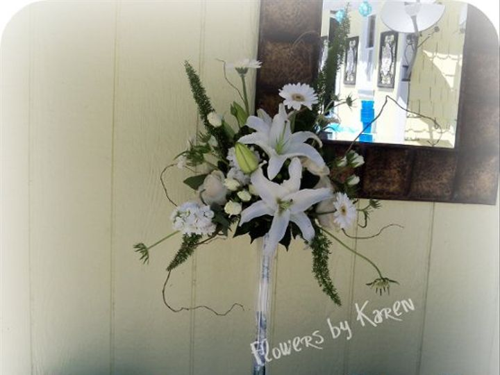 Tmx 1302185899451 WayneWeddingGuestbookArrangment Monroe wedding florist